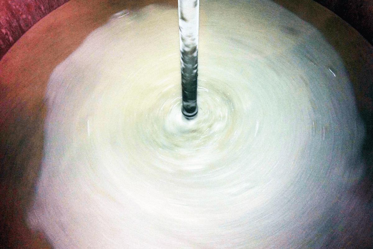麦芽(+蕎麦)から麦汁を作ります。